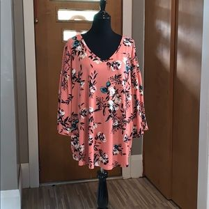 Evri coral blouse with floral print! Plus size!